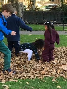 Suddenly Mad- Alzheimer_s Planet - Thurs, Nov 8 - saw children playing with raked leaves when I was Jeanne in the park
